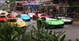 Парад Lamborghini собрал рекордное количество суперкаров